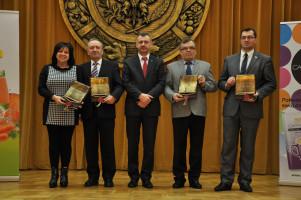 Prof. dr hab. Czesław Waszkiewicz oraz dr hab. Tomasz Nurek wyróżnieni podczas Noworocznej Gali Agrobiznesu