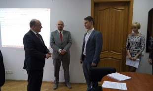 Egzamin dyplomowy studenta z Ukrainy w ramach porozumienia o podwójnym dyplomie